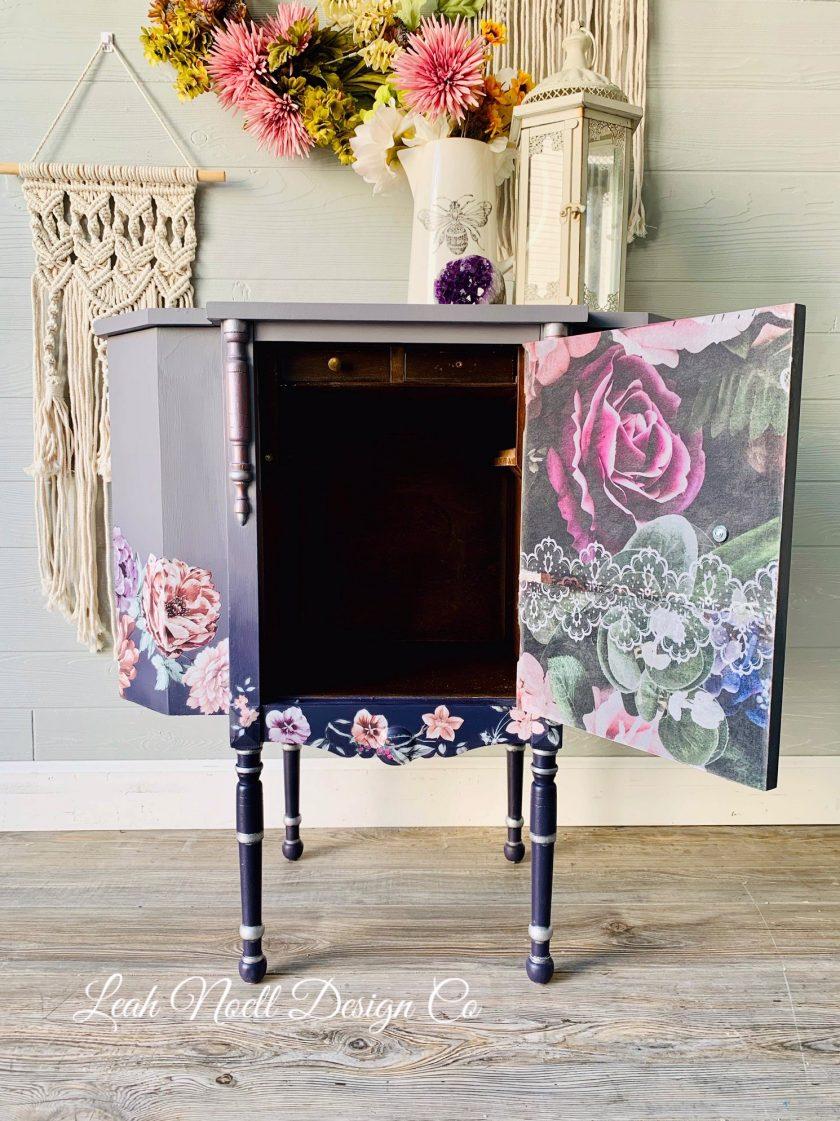 "Redesign Decoupage Décor Tissue Paper - Dark Lace Floral - 2 sheets (19"" x 30"")"
